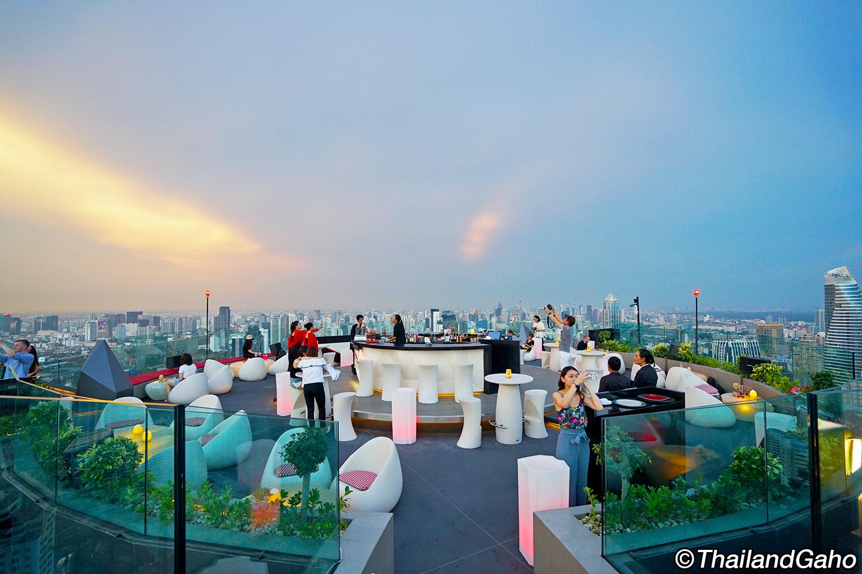 クリュ ルーフトップバー バンコク (CRU Rooftop Bar)